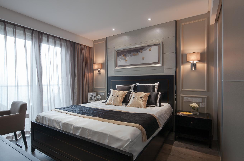 120平现代简约二居卧室背景墙装修设计图