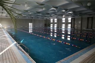 游泳馆设计效果图
