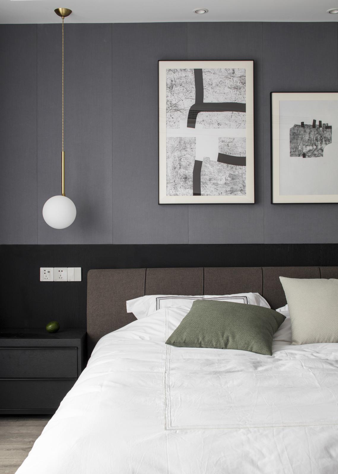 143平现代简约三居床头背景墙装修效果图