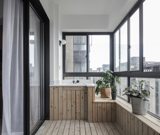 143平现代简约三居阳台装修设计图