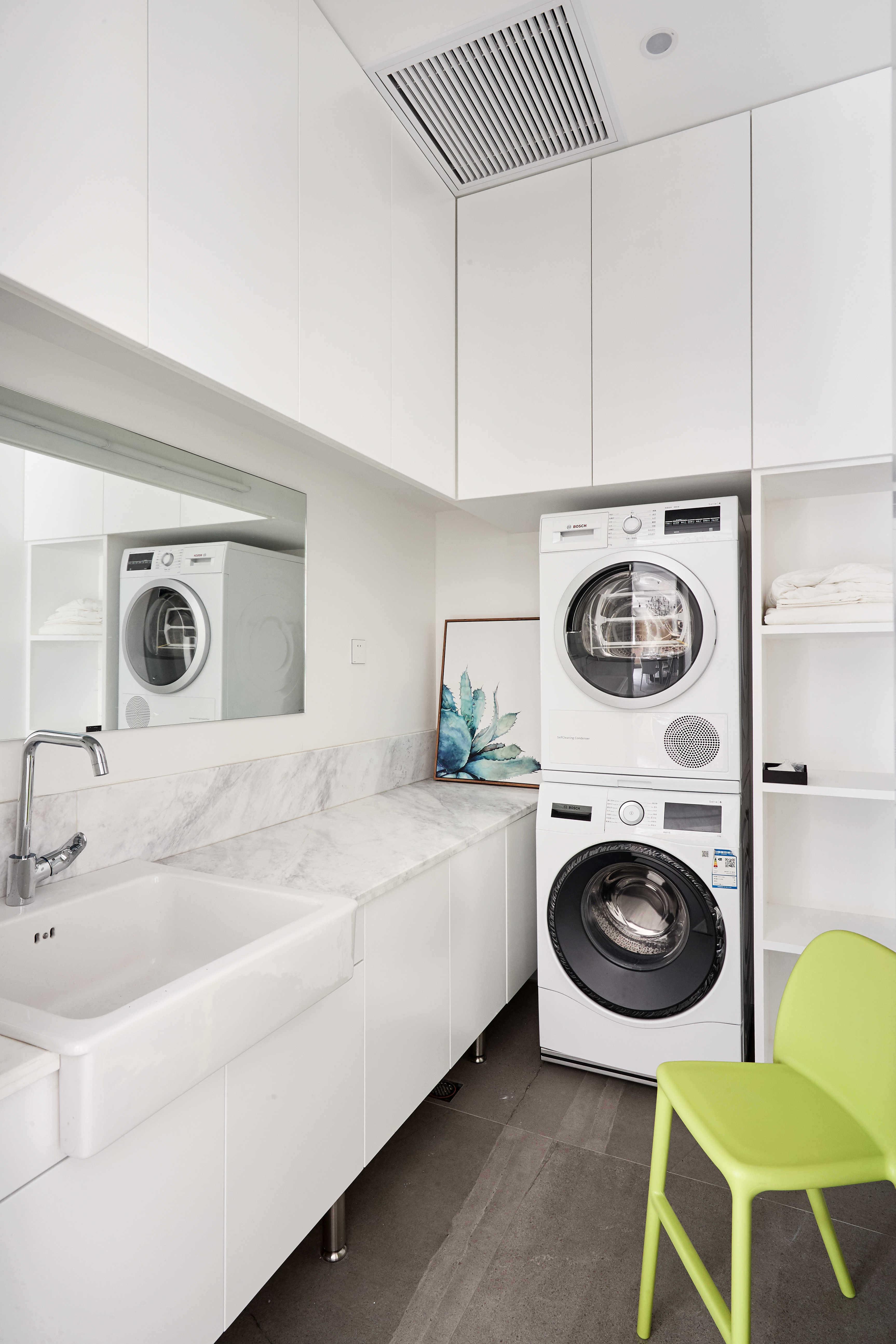 大户型休闲四居室洗衣房装修效果图