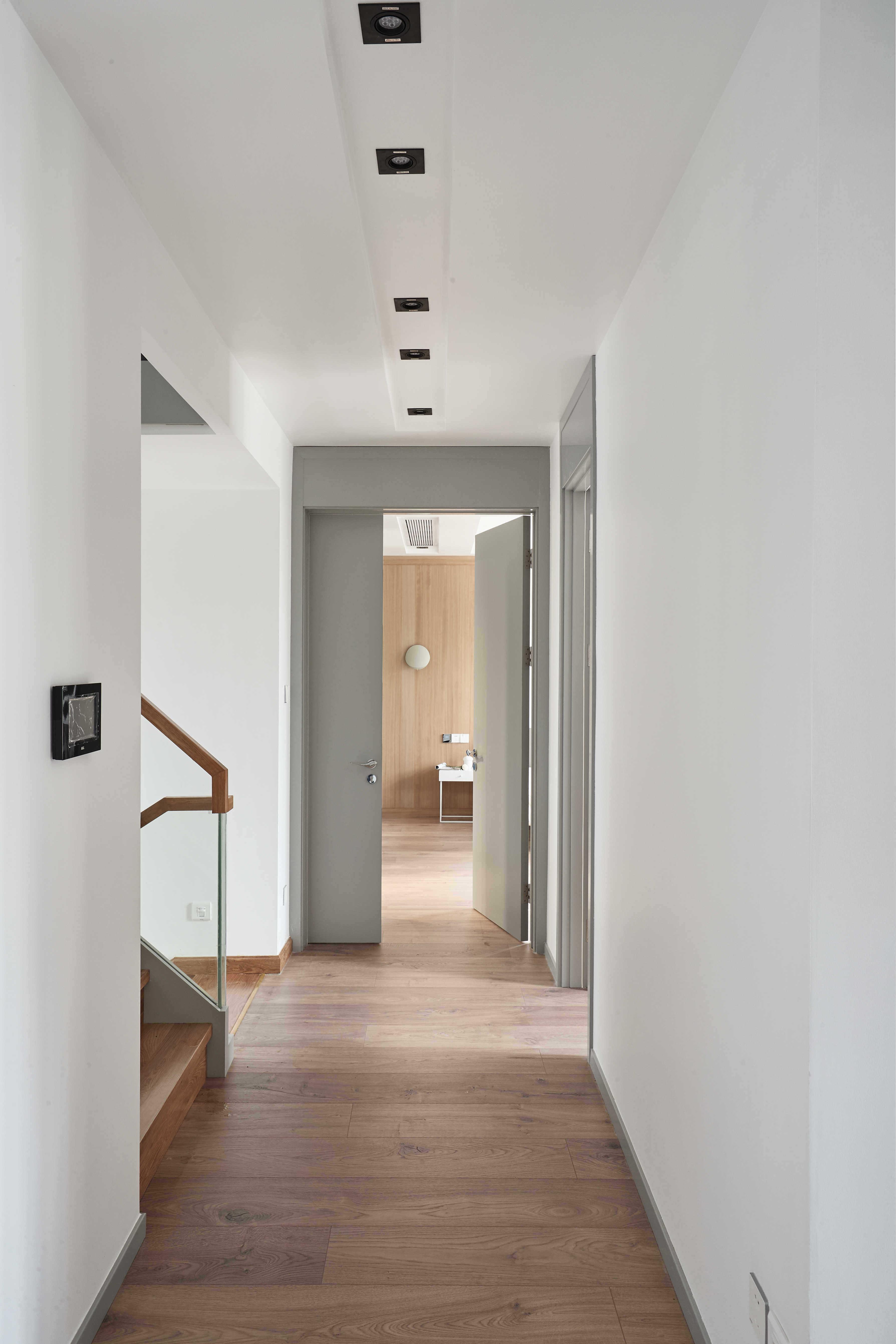 大户型休闲四居室走廊装修效果图