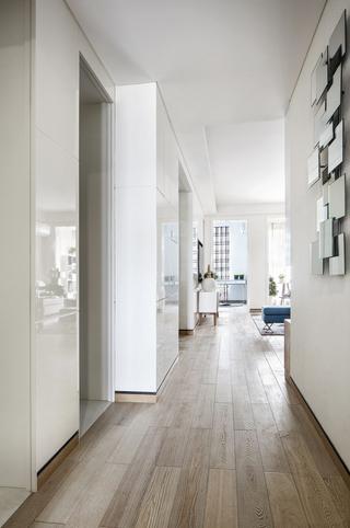 现代风格两居玄关装修效果图