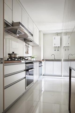 现代风格两居厨房装修效果图