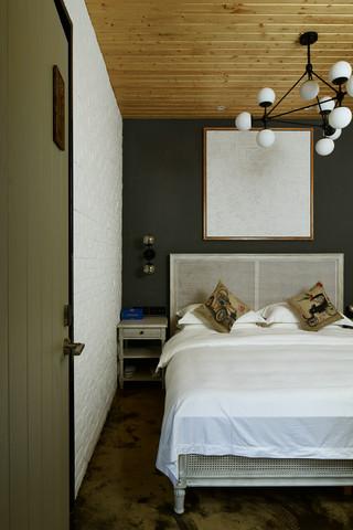 大户型复古风公寓卧室装修效果图