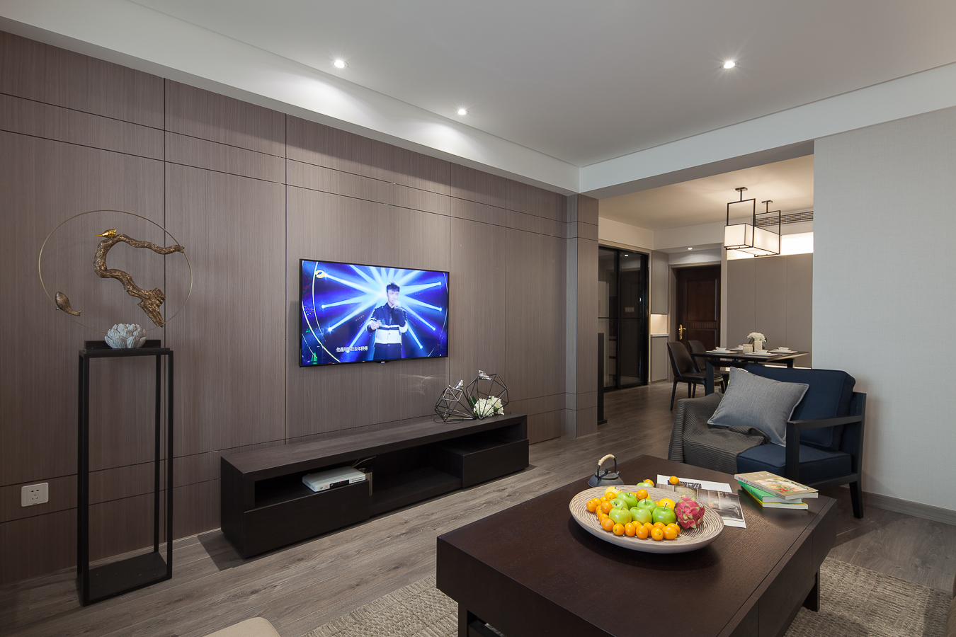 120平现代简约二居电视背景墙装修效果图