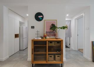 65㎡北欧风一居室装修玄关柜设计