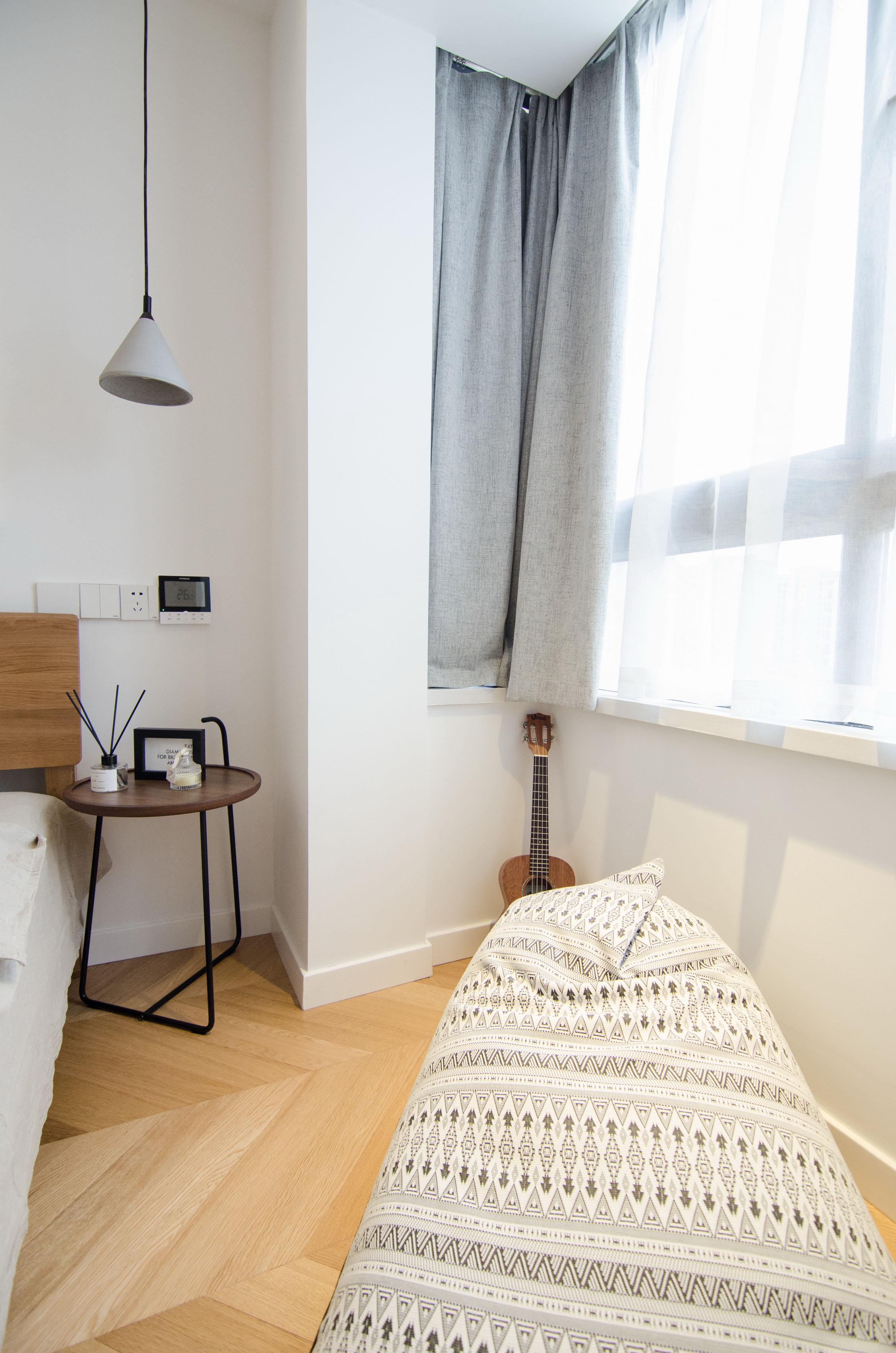 65㎡北欧风一居室装修飘窗设计