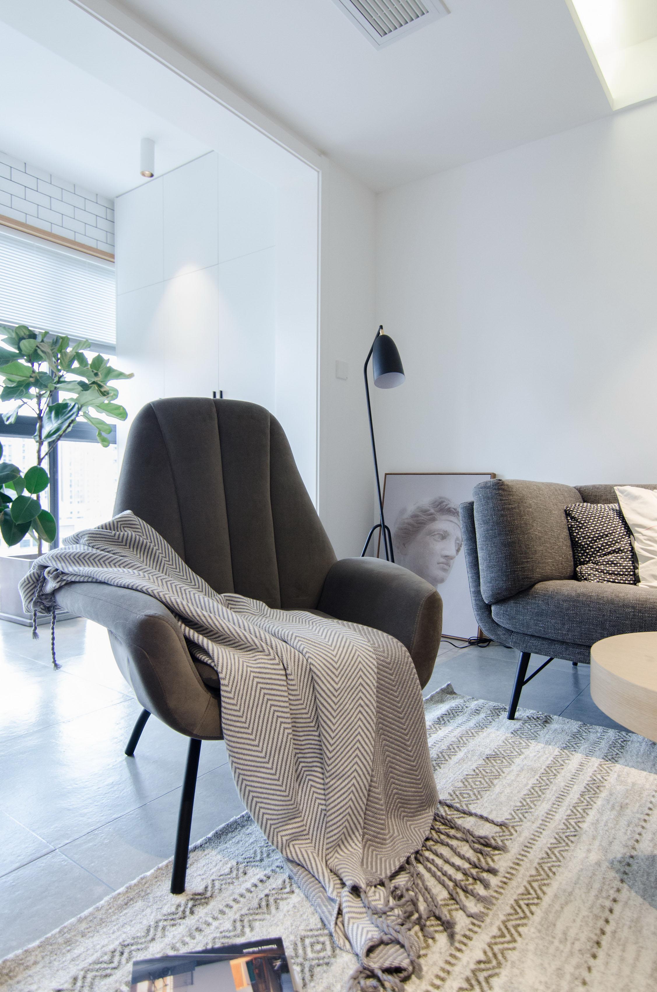 65㎡北欧风一居室装修单人椅设计