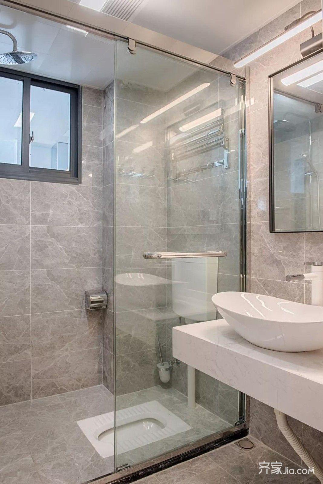 蹲式厕所装修效果图_26万79平米现代三房装修效果图,79平现代装修案例效果图-齐家装修网