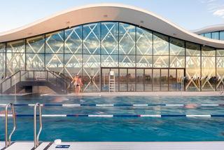 优雅现代游泳馆装修效果图