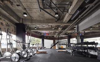 工业风格健身中心设计图