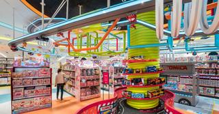 大型玩具店装修设计图