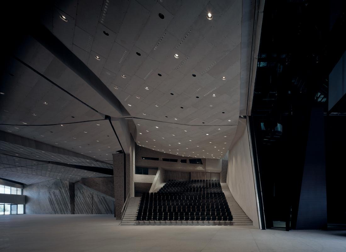 混凝土结构会展中心设计效果图