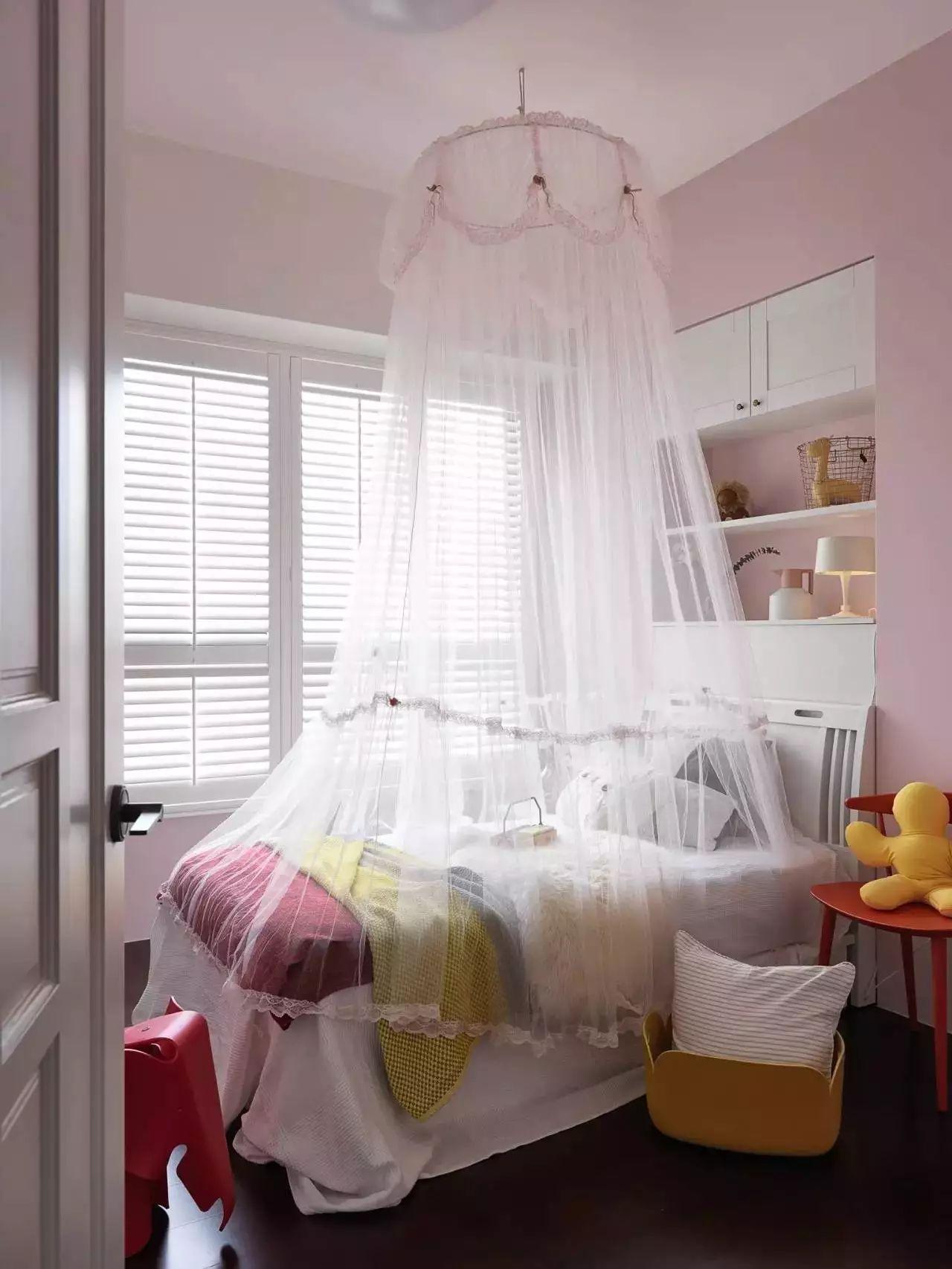 温馨多彩北欧风儿童房装修效果图