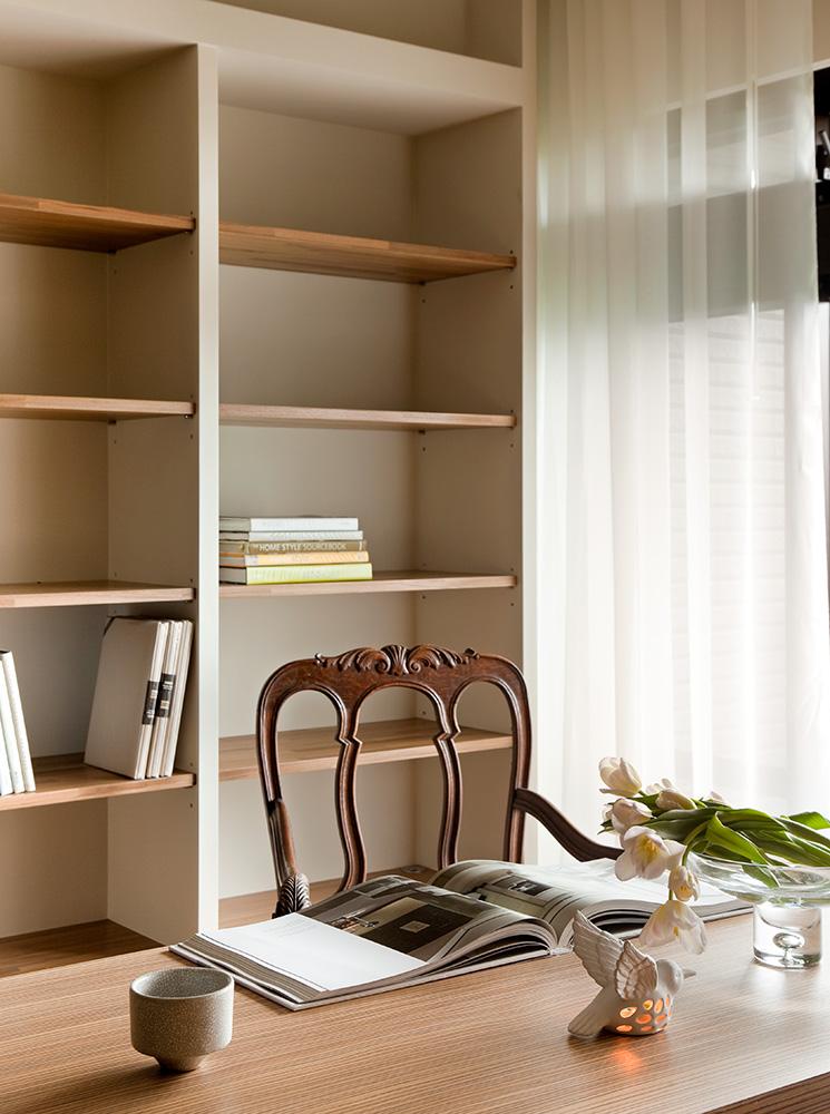 130平现代风格书柜装修效果图