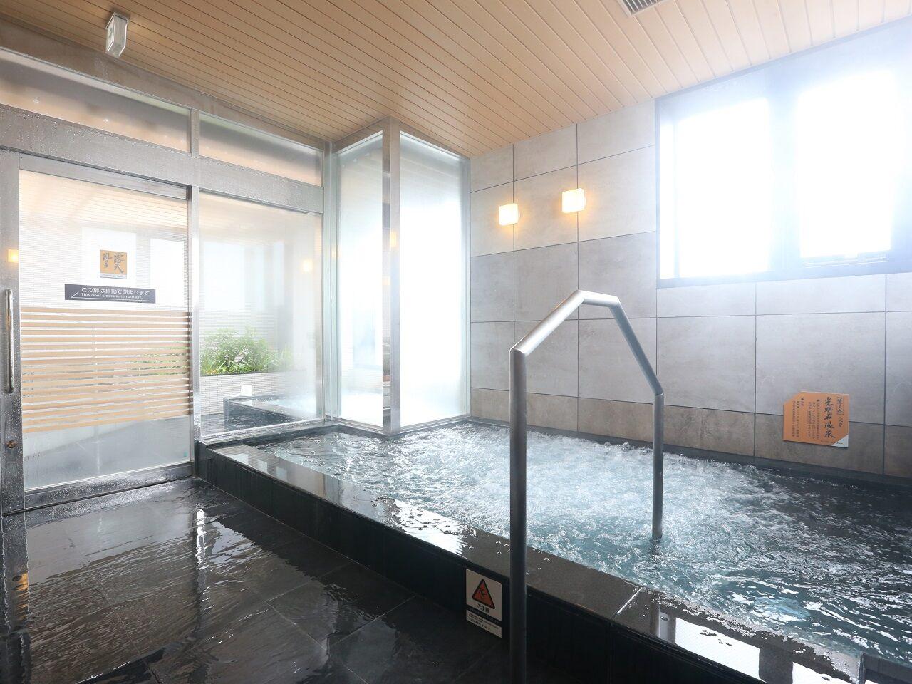 温泉洗浴室装修效果图
