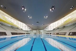 水上赛事展览馆设计效果图