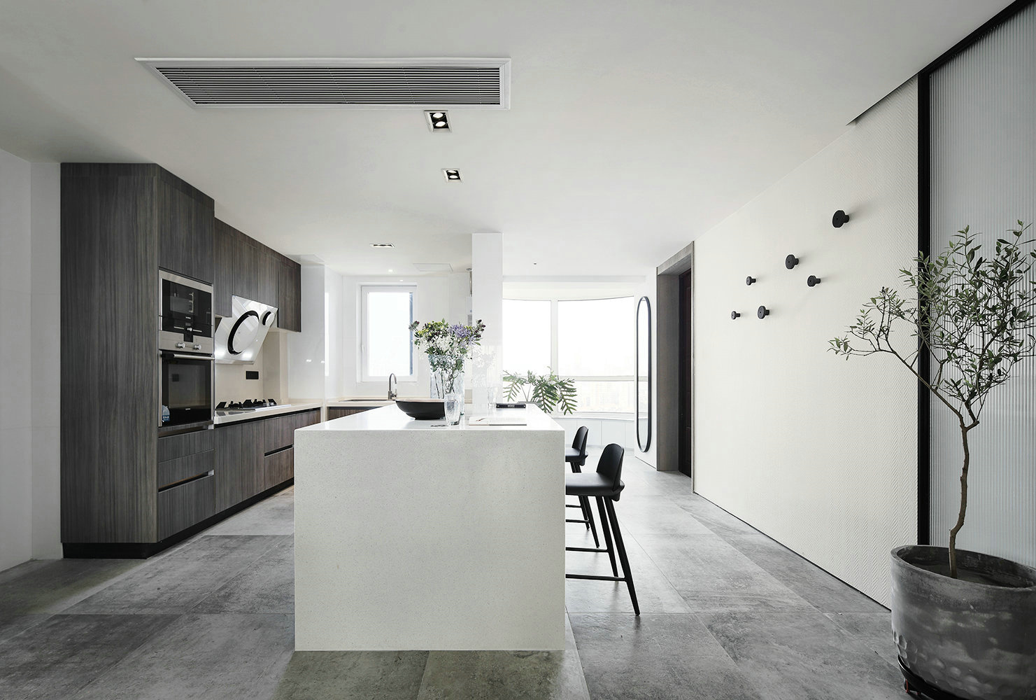 现代简约风大户型厨房装修设计图
