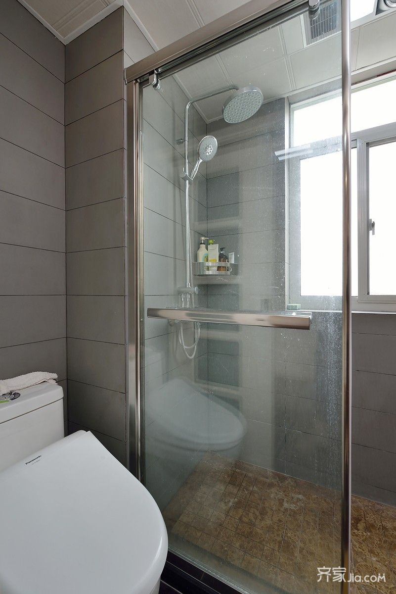 混搭风格两居室卫生间装修设计图