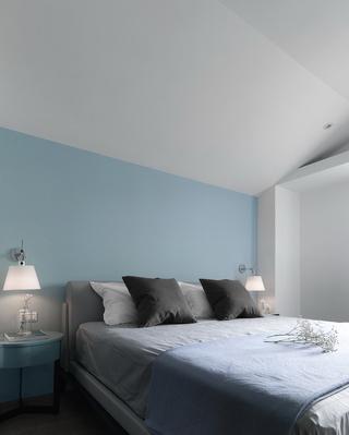90平米现代简约卧室背景墙装修效果图