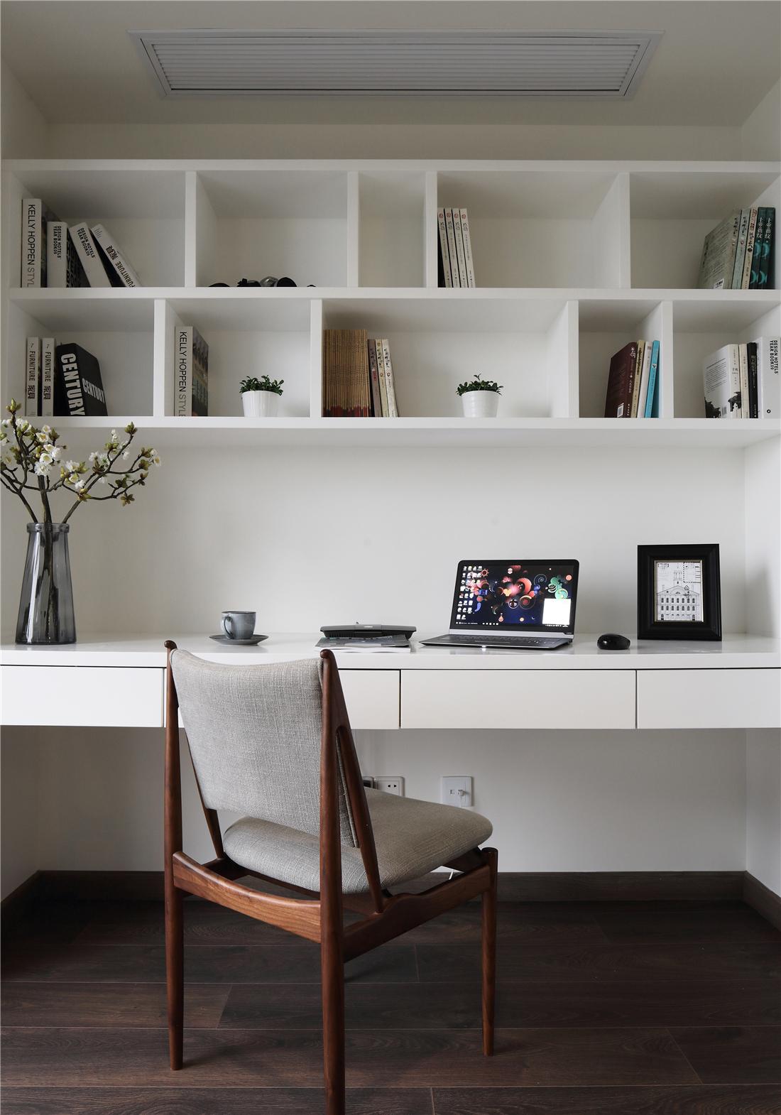 200㎡现代简约书房装修效果图