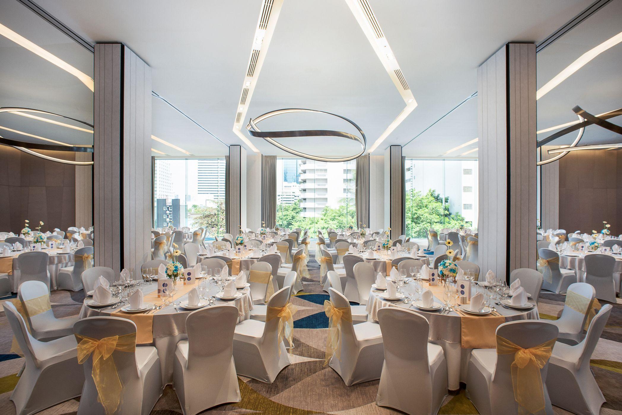现代简约宴会厅装修效果图