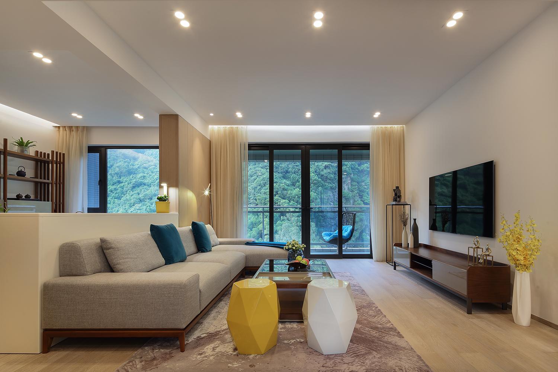 130平现代三居室客厅装修效果图