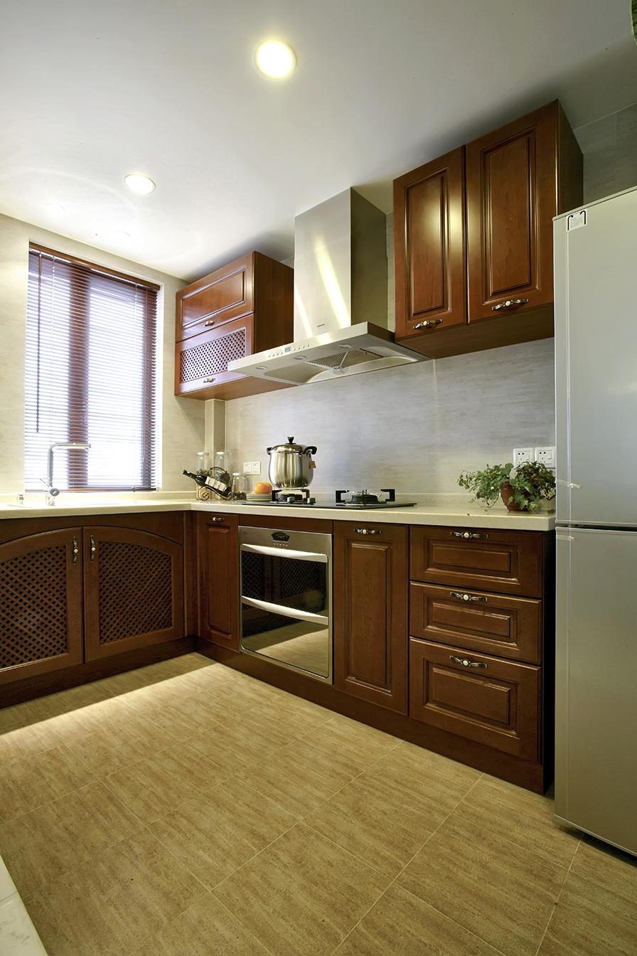 东南亚风格三居厨房装修设计图