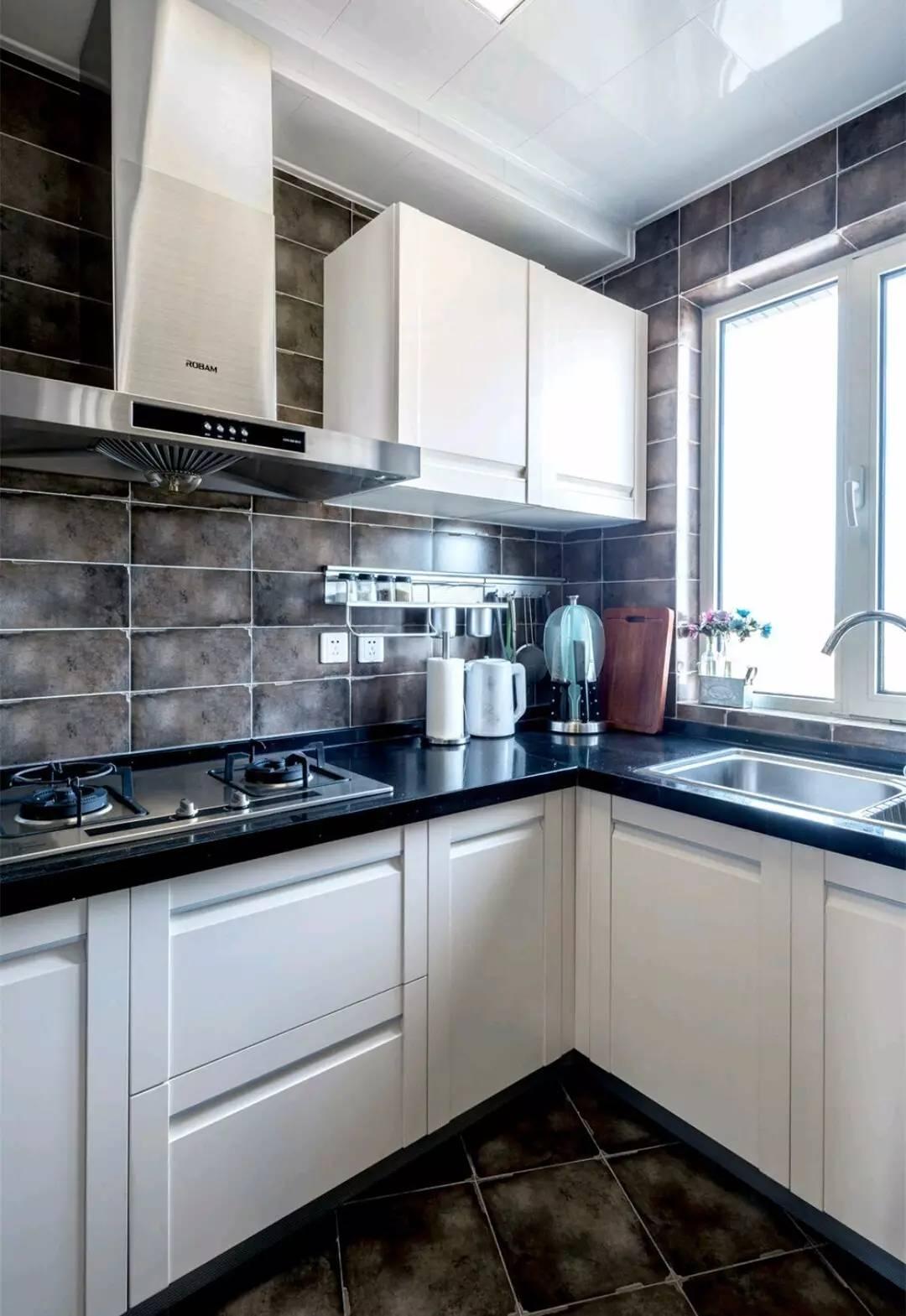 混搭风格二居厨房装修设计图