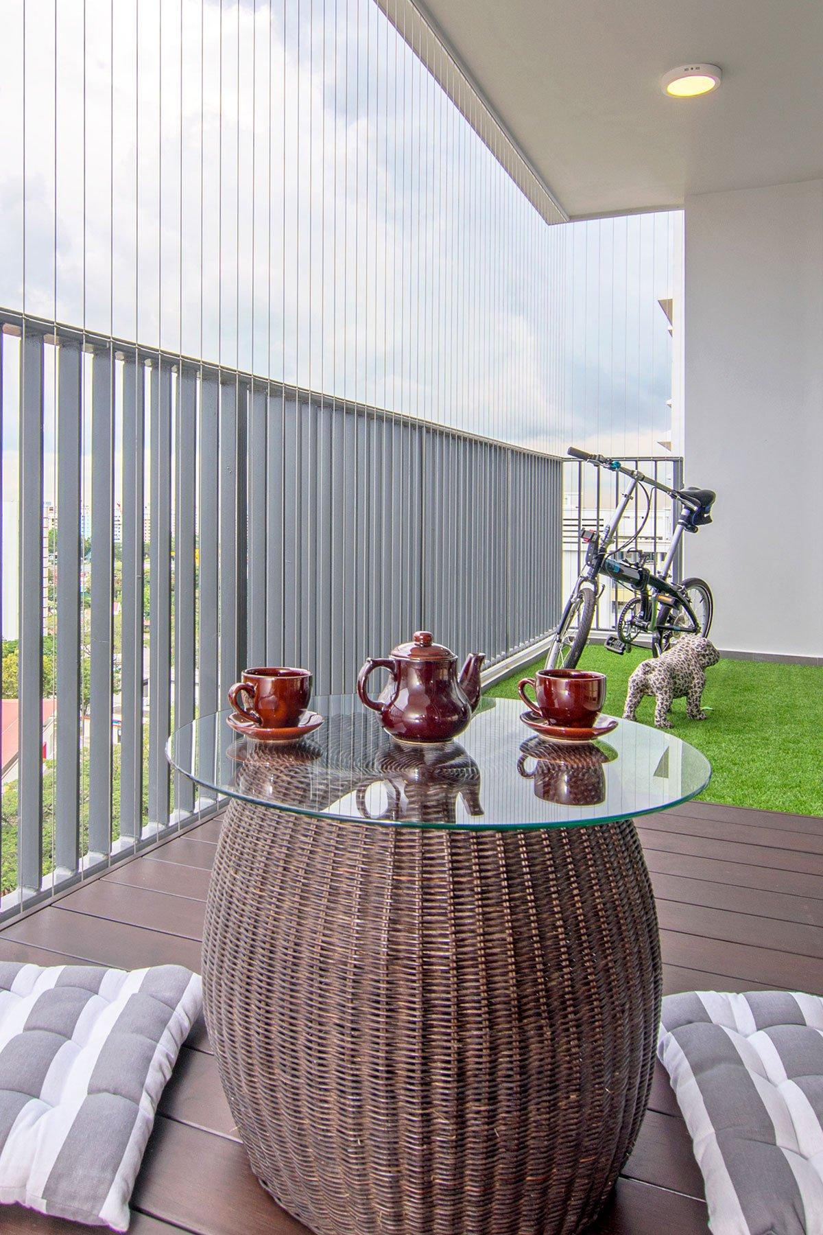 简约现代风公寓阳台装修效果图
