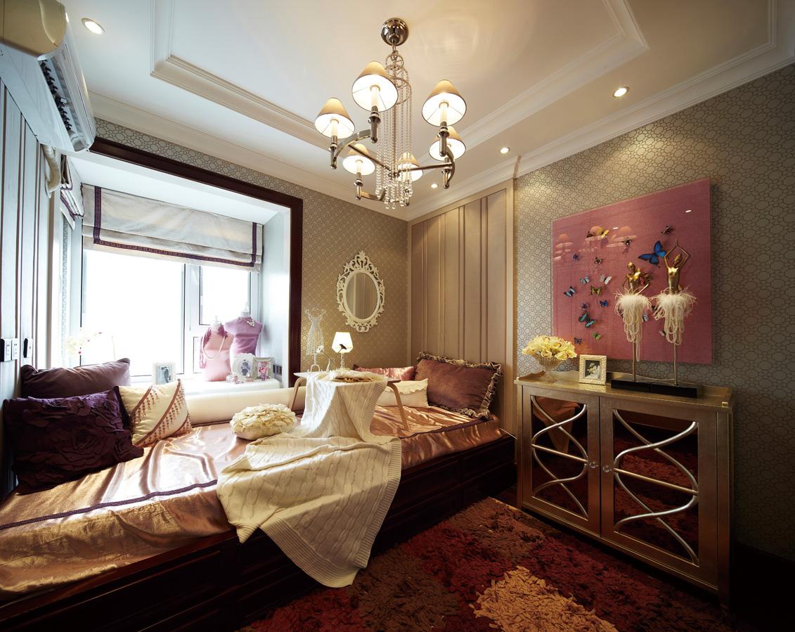 奢华欧式古典风格榻榻米卧室装修效果图