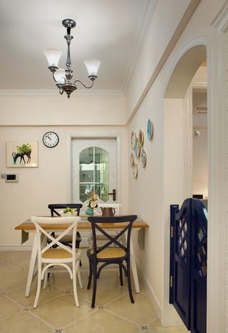 美式乡村风格两居餐厅装修效果图