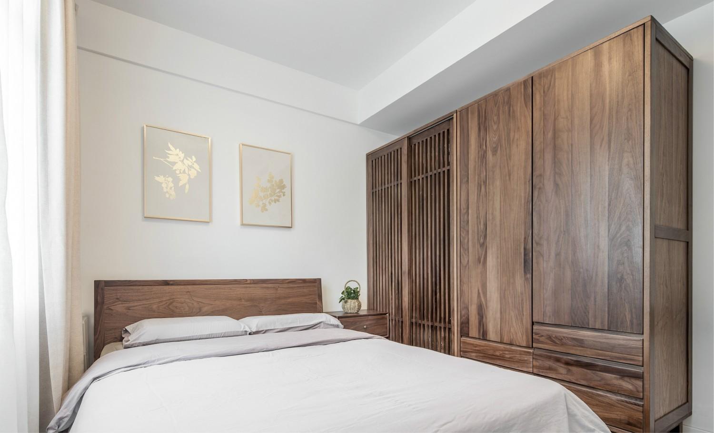 140平米简约风格卧室衣柜装修效果图