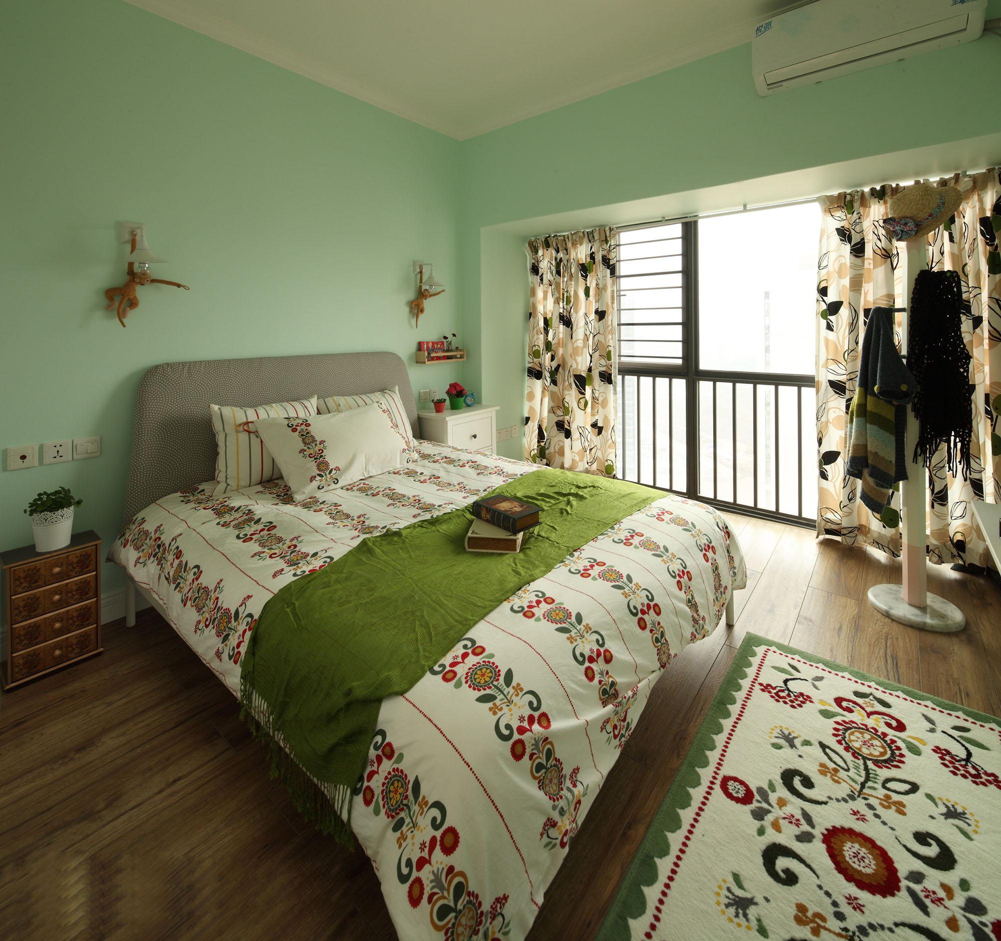 田园风格三居卧室装修效果图
