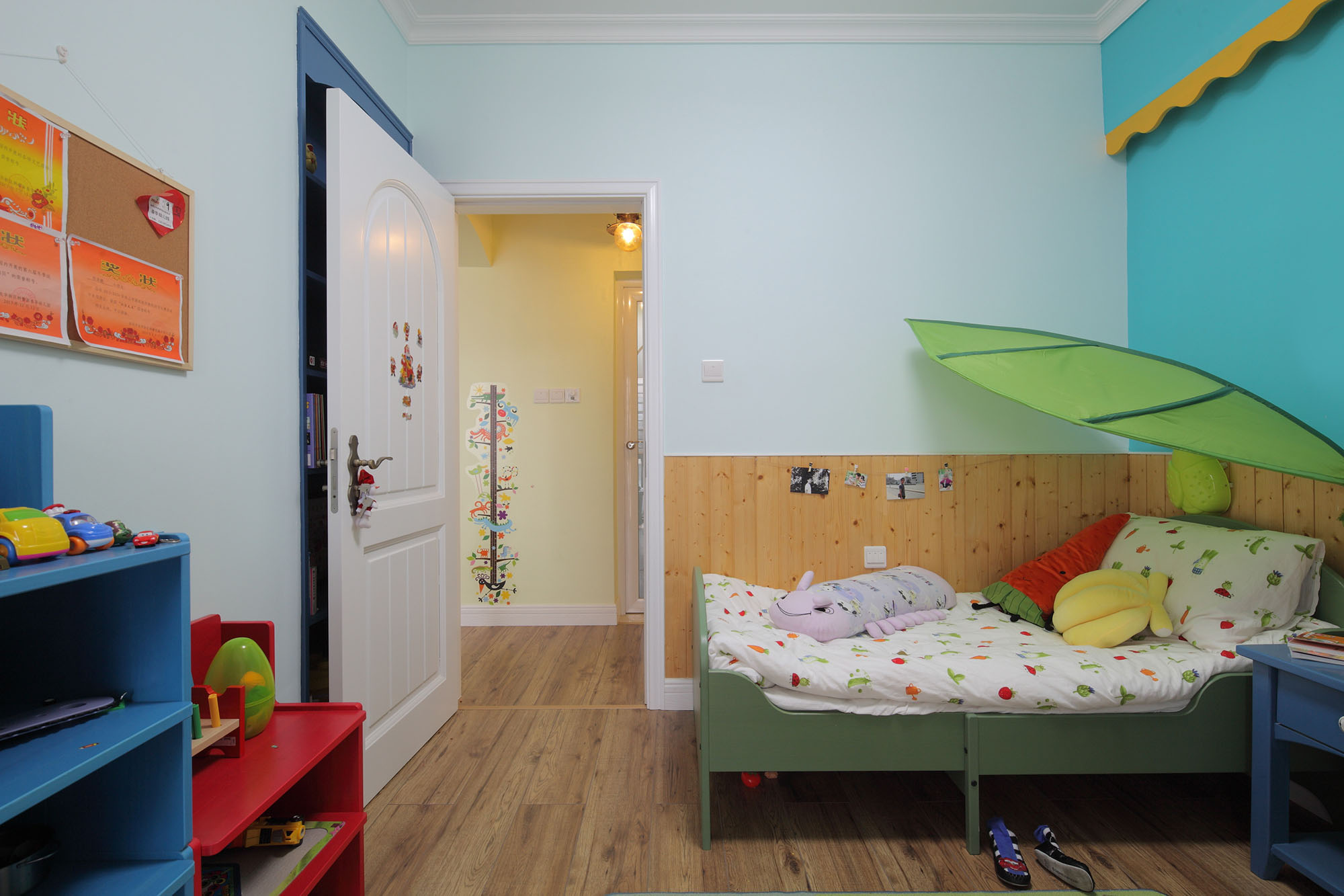 田园风格三居室儿童房装修效果图