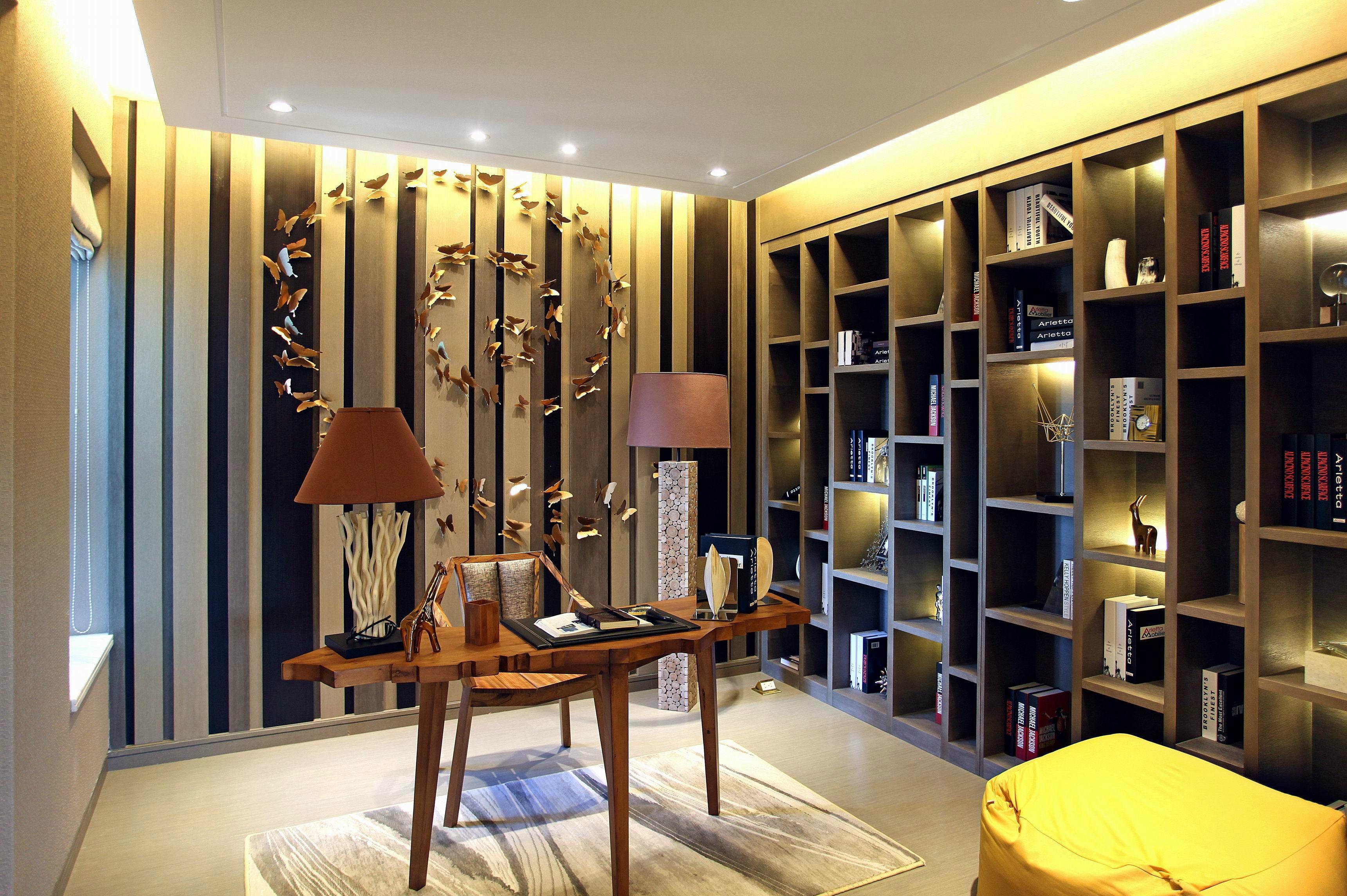现代风格三居书房装修效果图
