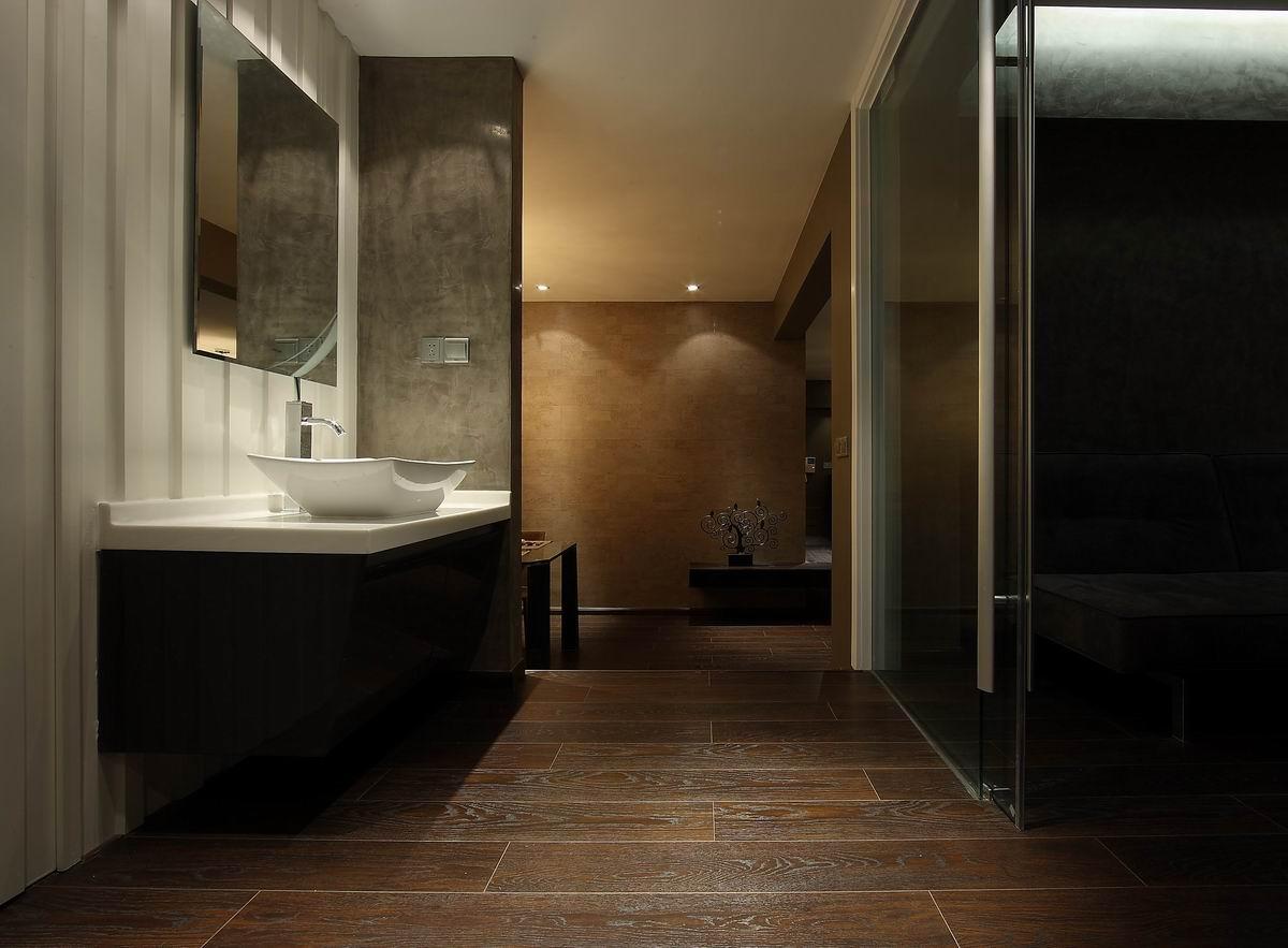 灰色现代简约三居卫生间装修效果图