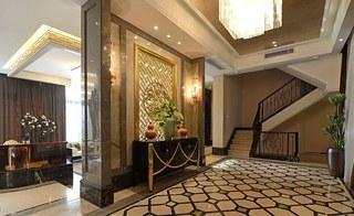 新中式风格别墅玄关装修效果图