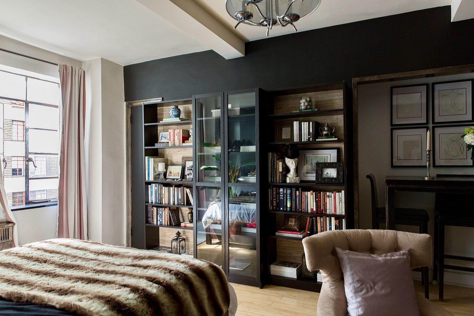 32平小户型公寓书柜装修效果图