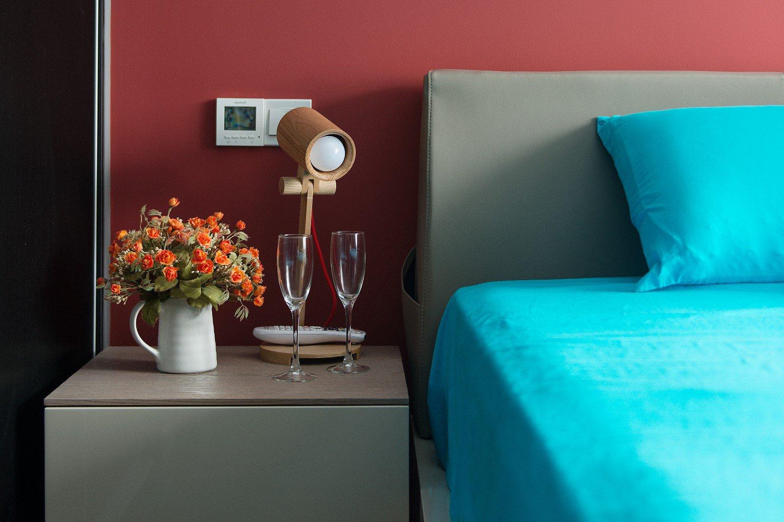 二居室混搭风格装修床头特写