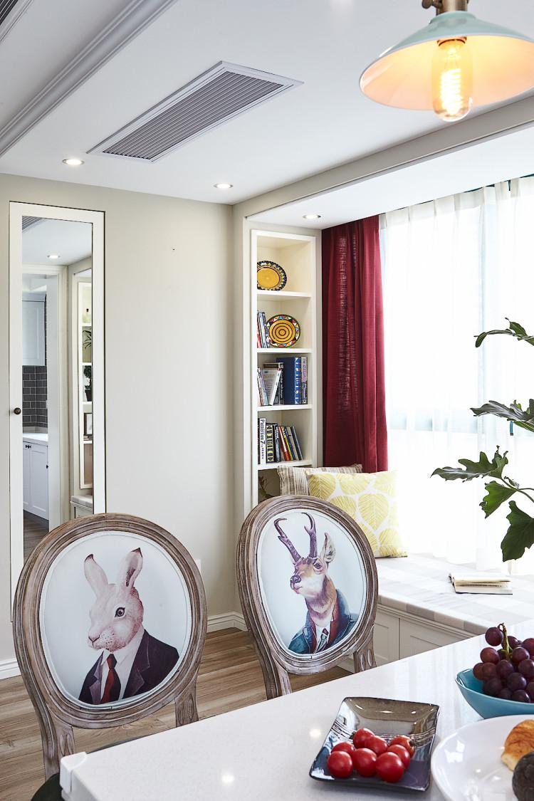 160平美式风格飘窗装修效果图