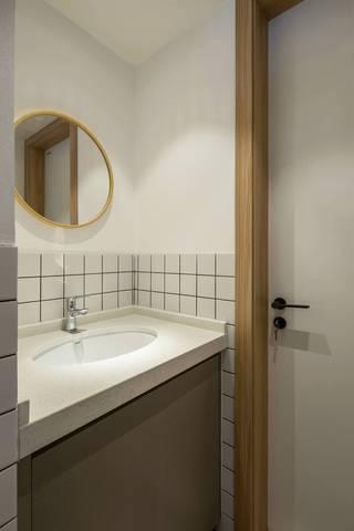 极简日式风格二居洗手台装修效果图