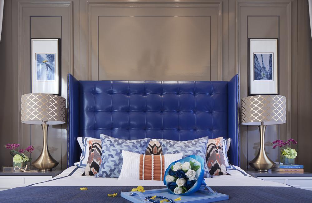 现代奢华别墅样板间装修床头软包设计图