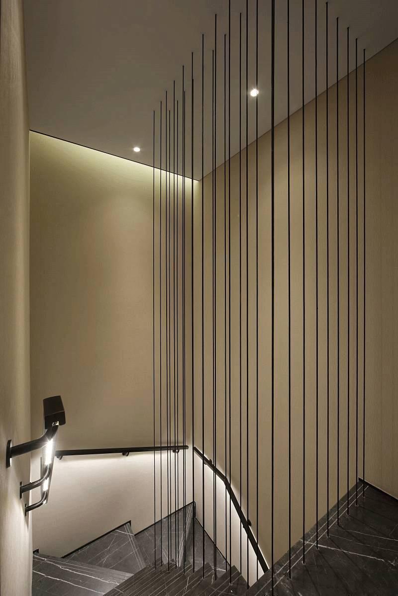 大户型现代风格楼梯装修效果图