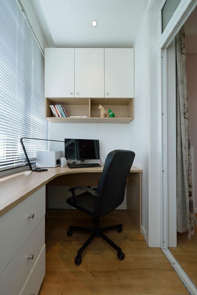 简约风格二居阳台书房装修效果图