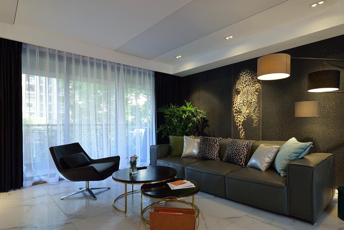 200平现代风格客厅装修效果图