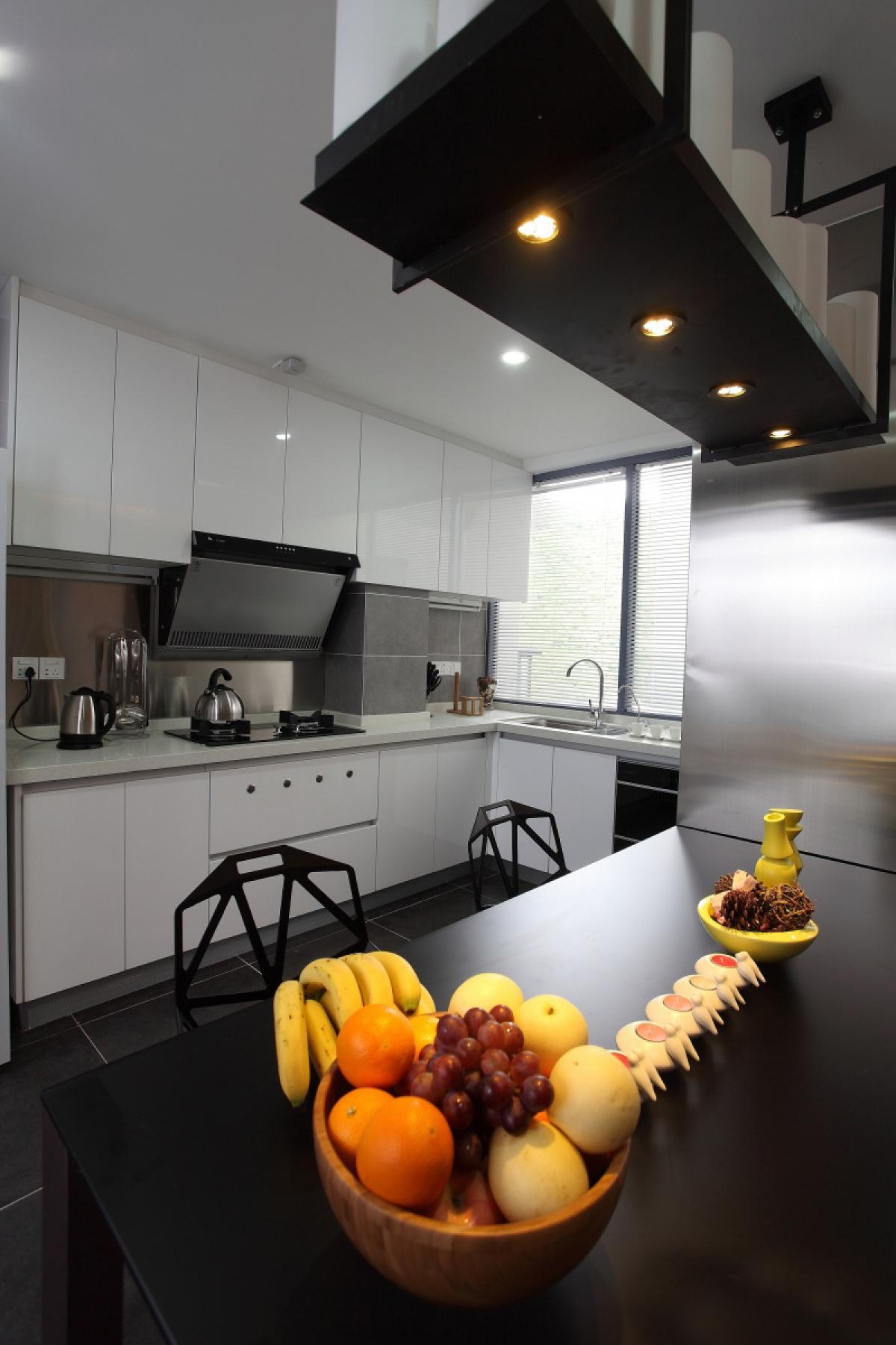 150㎡现代简约厨房装修效果图
