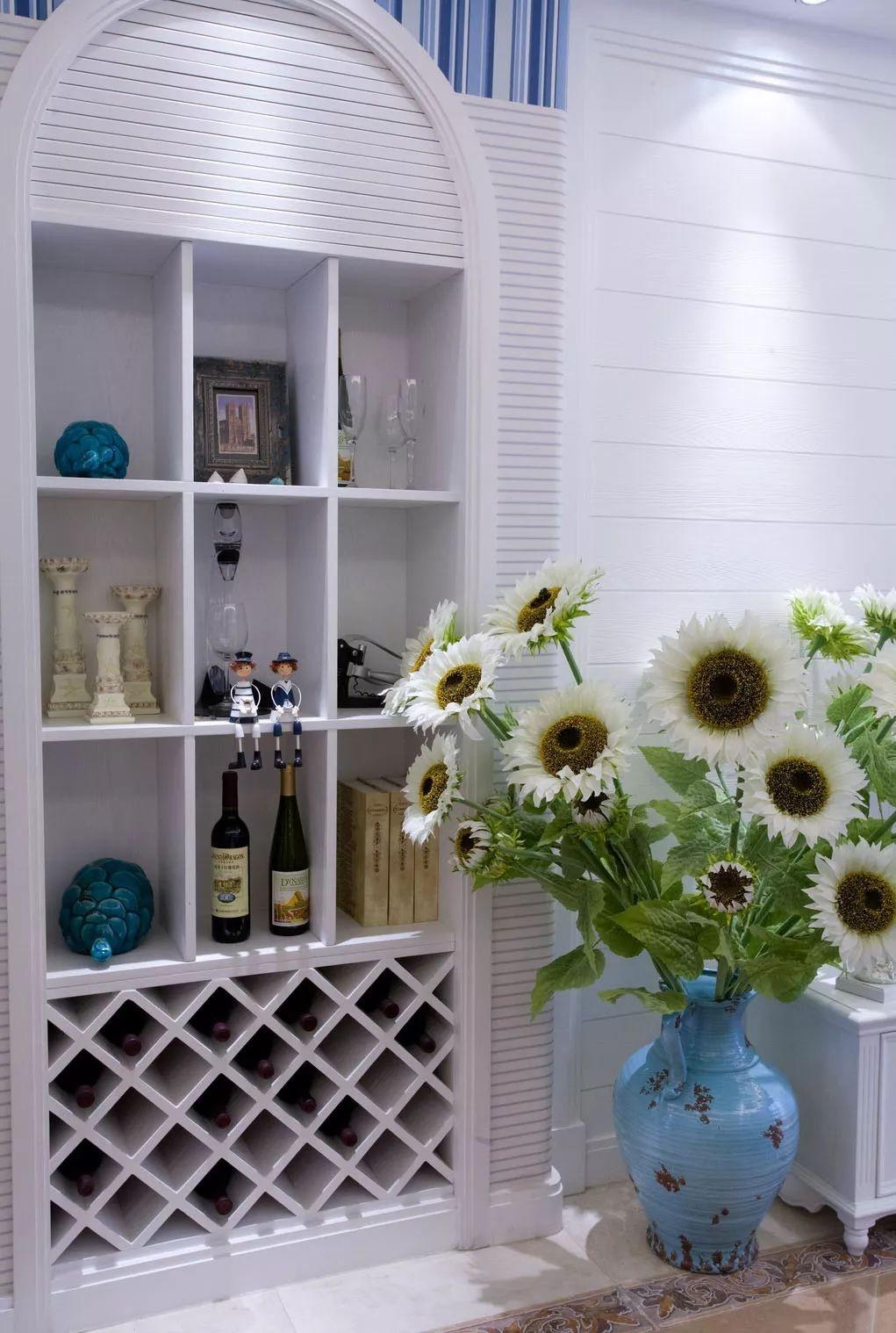 三居室地中海风格壁龛酒柜装修效果图