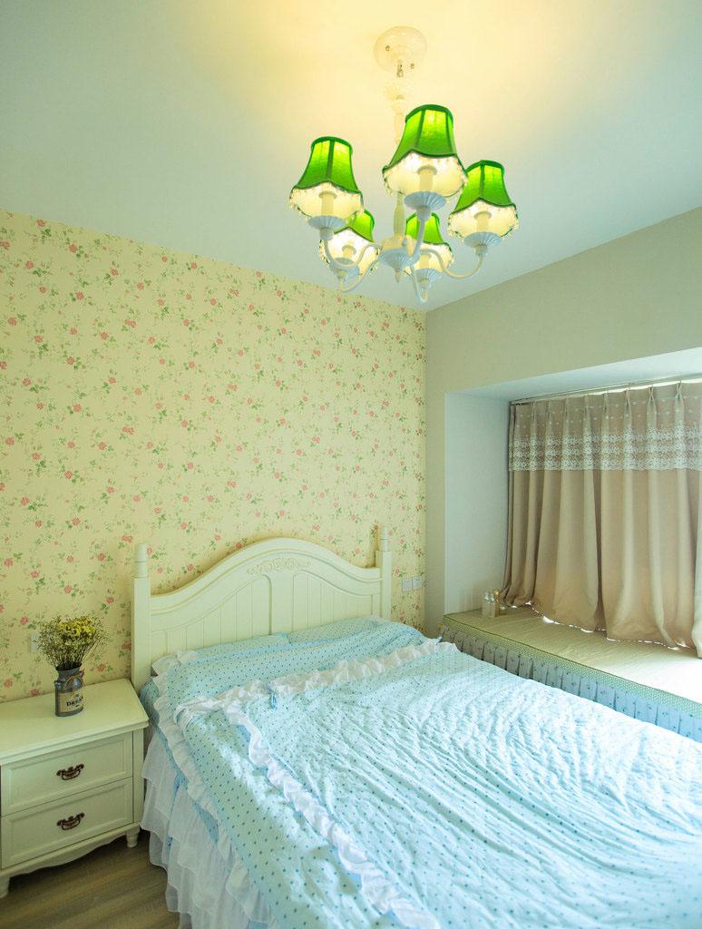 二居室田园风格卧室装修效果图
